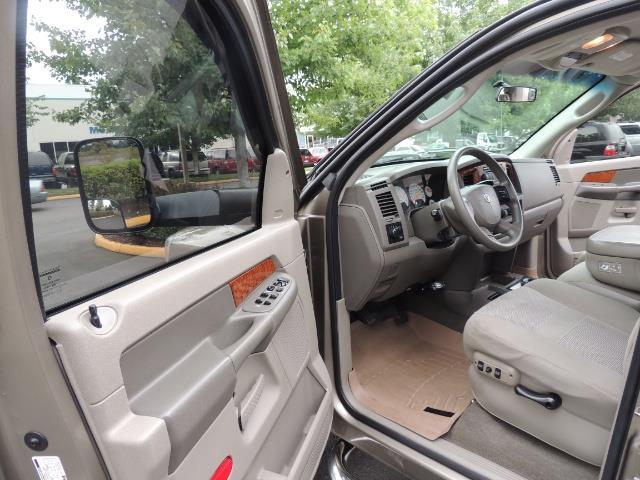 2006 Dodge Ram 2500 SLT SLT 4dr Mega Cab / 4X4 / 5.9L CUMMINS DIESEL - Photo 13 - Portland, OR 97217