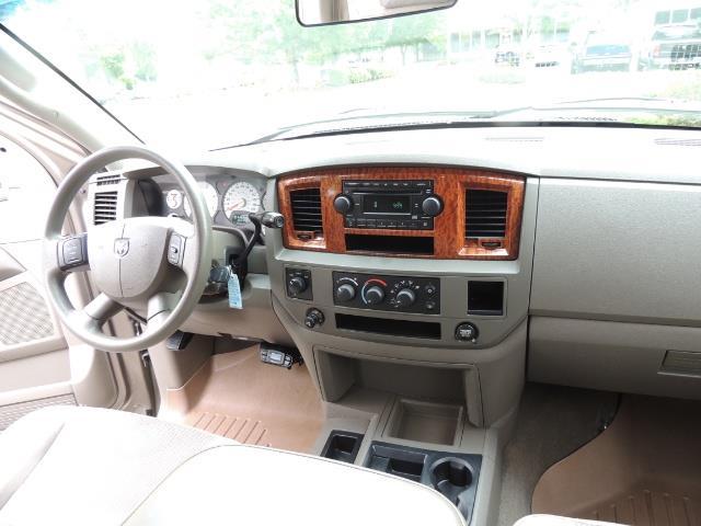 2006 Dodge Ram 2500 SLT SLT 4dr Mega Cab / 4X4 / 5.9L CUMMINS DIESEL - Photo 19 - Portland, OR 97217