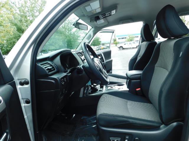2016 Toyota 4Runner SR5 / 4WD / Navigation / backup camera / LIFTED - Photo 14 - Portland, OR 97217