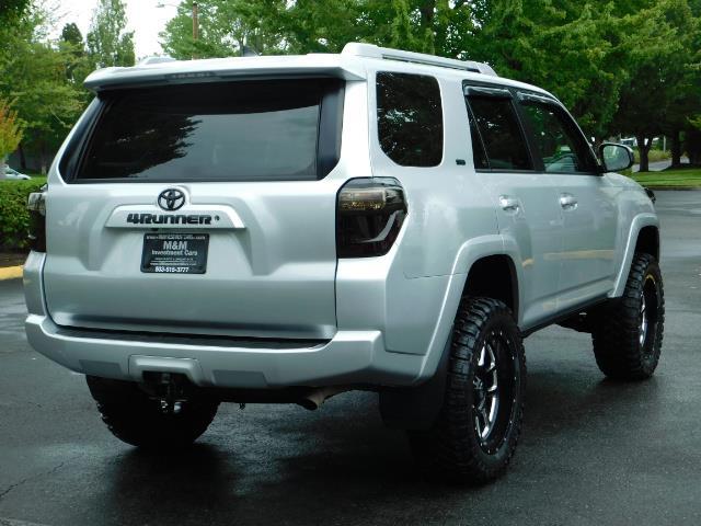 2016 Toyota 4Runner SR5 / 4WD / Navigation / backup camera / LIFTED - Photo 8 - Portland, OR 97217