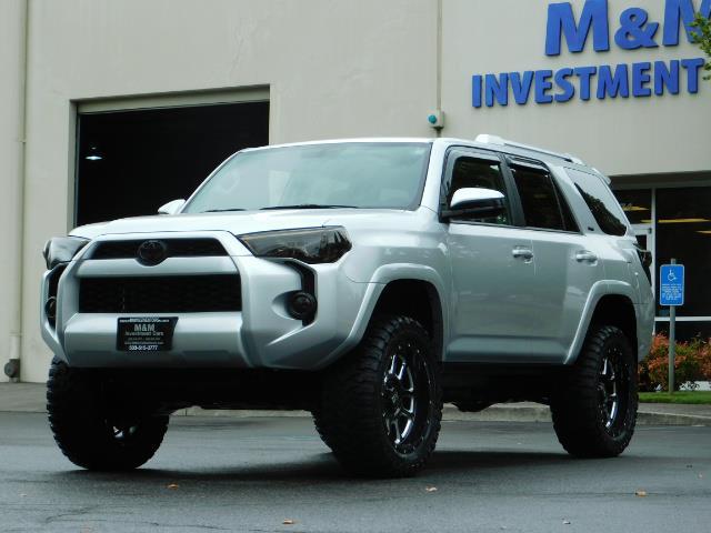 2016 Toyota 4Runner SR5 / 4WD / Navigation / backup camera / LIFTED - Photo 48 - Portland, OR 97217