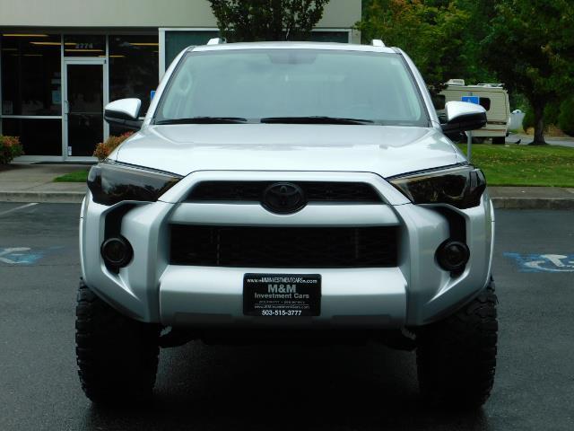 2016 Toyota 4Runner SR5 / 4WD / Navigation / backup camera / LIFTED - Photo 5 - Portland, OR 97217
