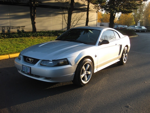 2004 ford mustang coupe 40th anniversary 5 speed manual. Black Bedroom Furniture Sets. Home Design Ideas