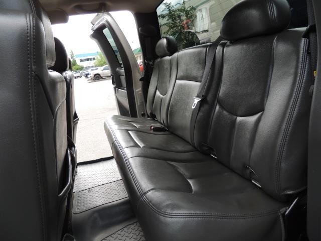 2006 Chevrolet Silverado 2500 LBZ 4X4 Long Bed 6.6L DURAMAX / Allison / 101K MLS - Photo 15 - Portland, OR 97217