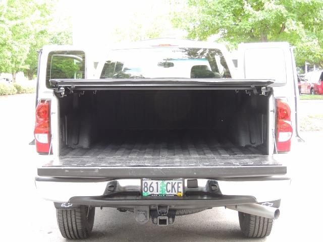 2006 Chevrolet Silverado 2500 LBZ 4X4 Long Bed 6.6L DURAMAX / Allison / 101K MLS - Photo 31 - Portland, OR 97217