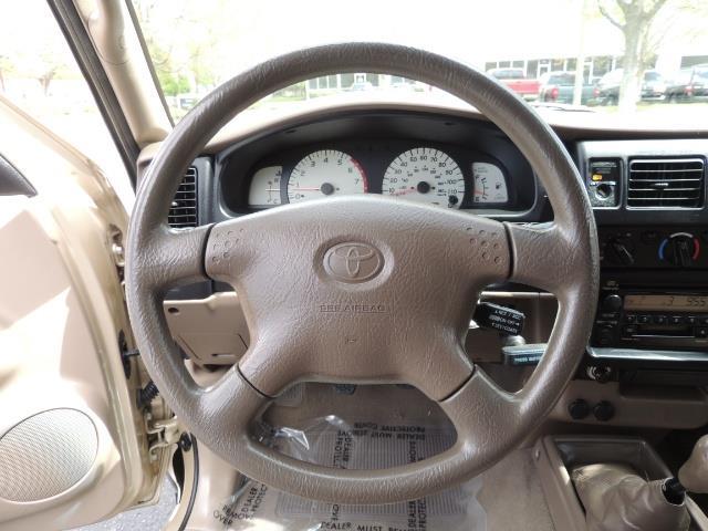 2003 Toyota Tacoma 2dr Xtracab V6 / SR5 / 4X4 / 5-SPEED MANUAL/LIFTED - Photo 37 - Portland, OR 97217