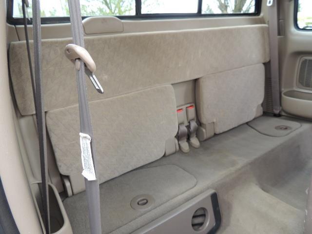 2003 Toyota Tacoma 2dr Xtracab V6 / SR5 / 4X4 / 5-SPEED MANUAL/LIFTED - Photo 15 - Portland, OR 97217