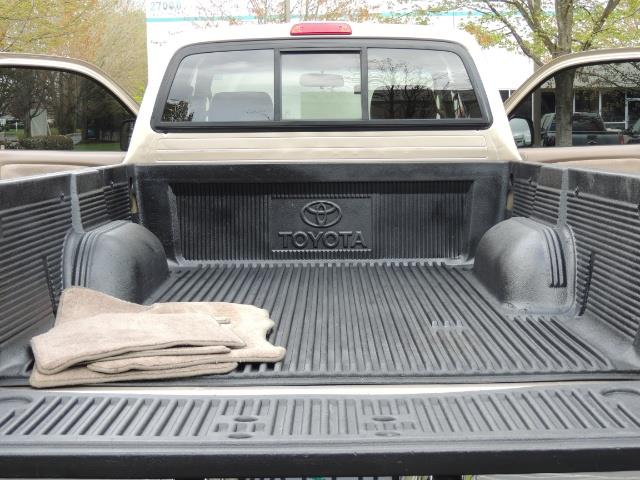 2003 Toyota Tacoma 2dr Xtracab V6 / SR5 / 4X4 / 5-SPEED MANUAL/LIFTED - Photo 28 - Portland, OR 97217