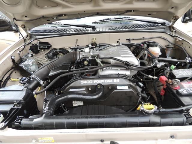 2003 Toyota Tacoma 2dr Xtracab V6 / SR5 / 4X4 / 5-SPEED MANUAL/LIFTED - Photo 33 - Portland, OR 97217