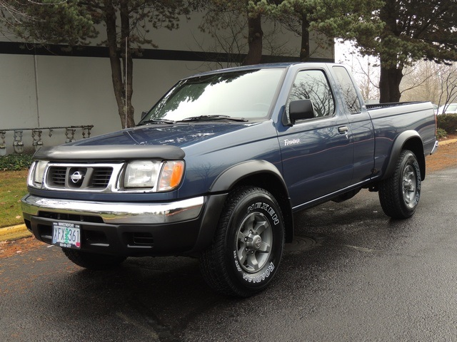 2000 nissan frontier x cab newtimingbelt tires 5spd 4x4. Black Bedroom Furniture Sets. Home Design Ideas