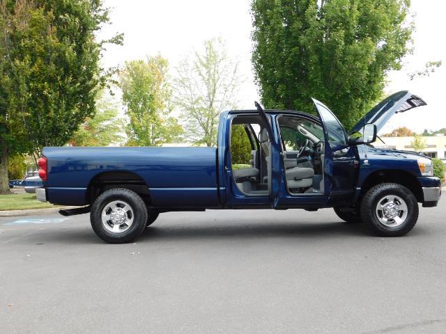 2007 Dodge Ram 2500 SLT BIG HORN EDITION / 4X4 / 5.9L DIESEL / 1-OWNER - Photo 29 - Portland, OR 97217