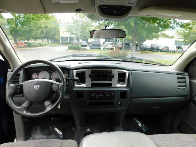 2007 Dodge Ram 2500 SLT BIG HORN EDITION / 4X4 / 5.9L DIESEL / 1-OWNER - Photo 34 - Portland, OR 97217