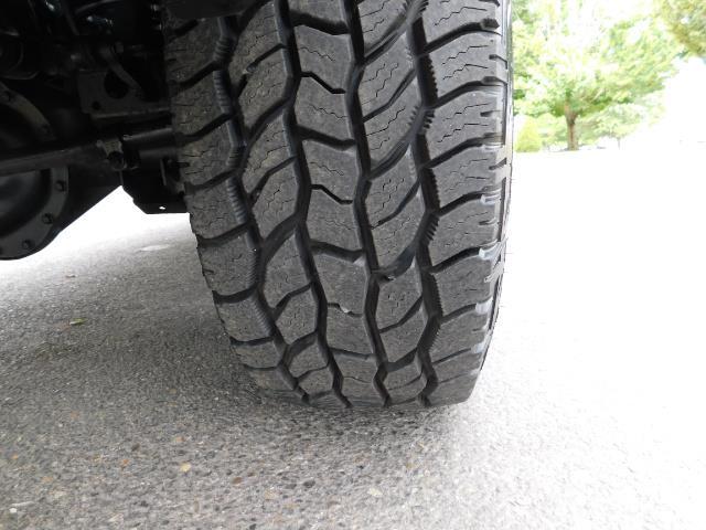2007 Dodge Ram 2500 SLT BIG HORN EDITION / 4X4 / 5.9L DIESEL / 1-OWNER - Photo 24 - Portland, OR 97217