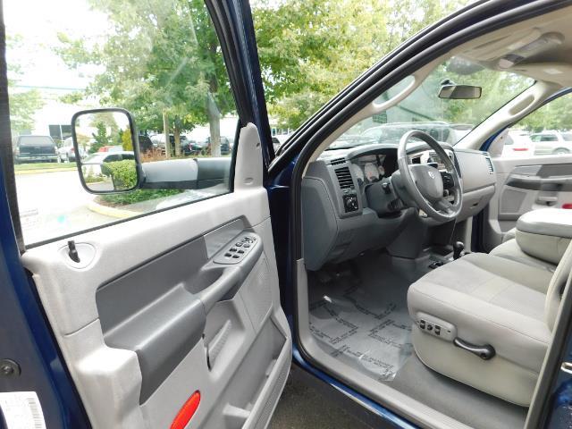 2007 Dodge Ram 2500 SLT BIG HORN EDITION / 4X4 / 5.9L DIESEL / 1-OWNER - Photo 13 - Portland, OR 97217