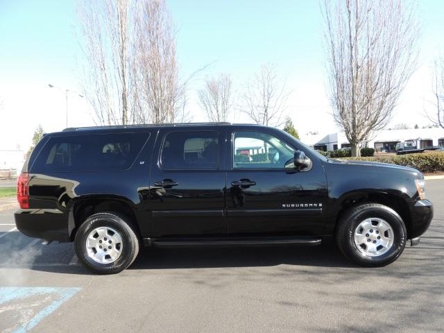 2008 Chevrolet Suburban AWD / DVD