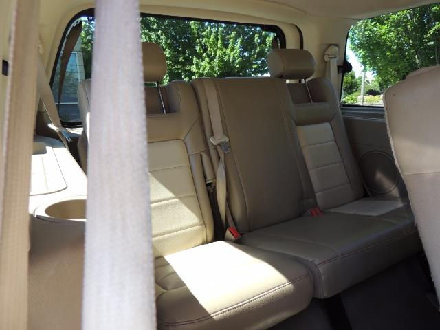 2006 Ford Expedition Eddie Bauer / Leather /Sunroof /DVD/Third Seat - Photo 35 - Portland, OR 97217