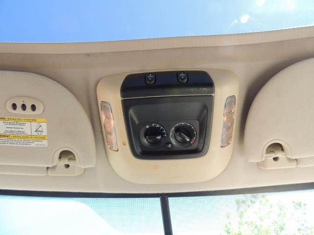 2006 Ford Expedition Eddie Bauer / Leather /Sunroof /DVD/Third Seat - Photo 37 - Portland, OR 97217