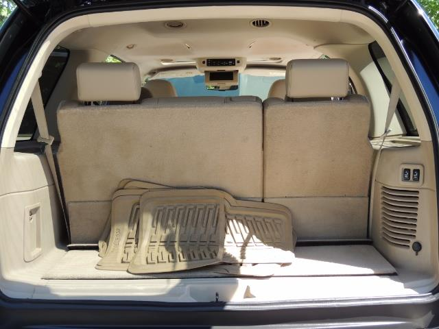 2006 Ford Expedition Eddie Bauer / Leather /Sunroof /DVD/Third Seat - Photo 19 - Portland, OR 97217