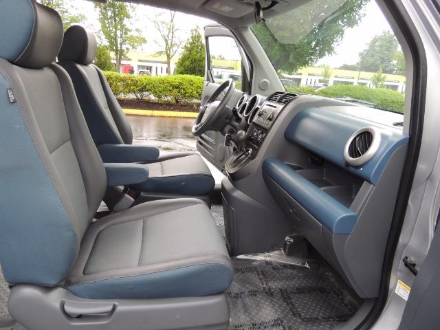 2005 Honda Element EX Sport Utility / ALL WHEEL DRIVE / SUN ROOF - Photo 17 - Portland, OR 97217