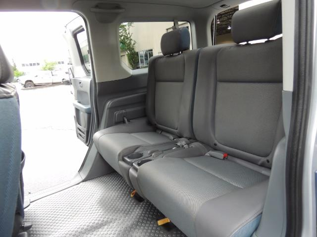 2005 Honda Element EX Sport Utility / ALL WHEEL DRIVE / SUN ROOF - Photo 14 - Portland, OR 97217