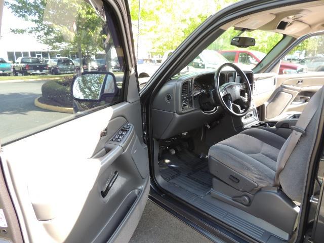 2005 Chevrolet Silverado 1500 LS 4dr Crew Cab / 4X4 / LIFTED / 86K Miles - Photo 11 - Portland, OR 97217