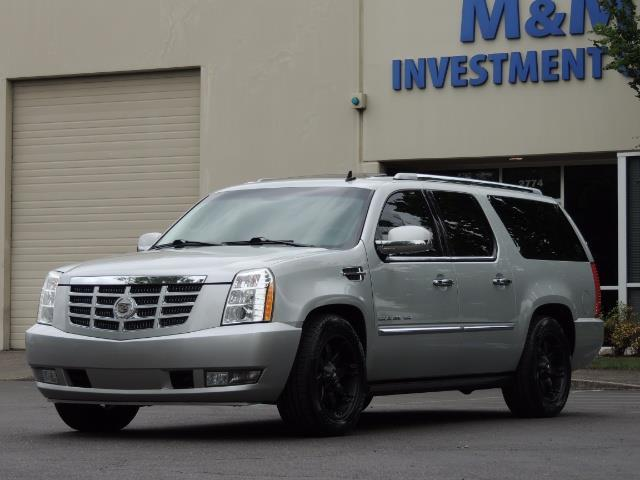 2010 Cadillac Escalade ESV Premium / AWD / DVD / Backup Camera / Excel Co - Photo 1 - Portland, OR 97217