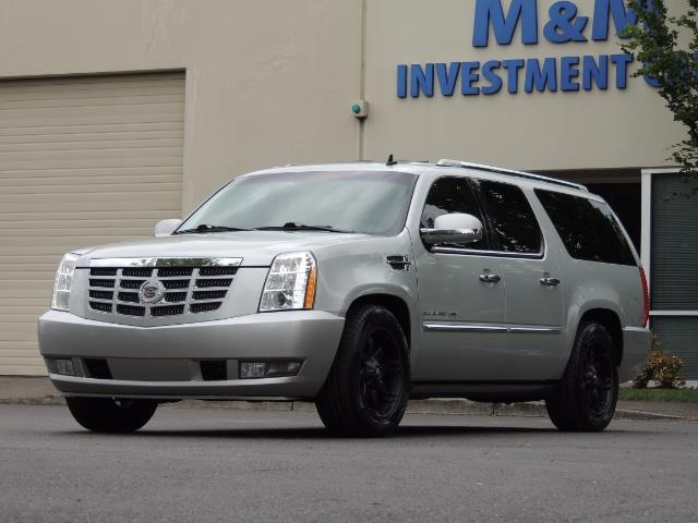 2010 Cadillac Escalade ESV Premium / AWD / DVD / Backup Camera / Excel Co - Photo 53 - Portland, OR 97217