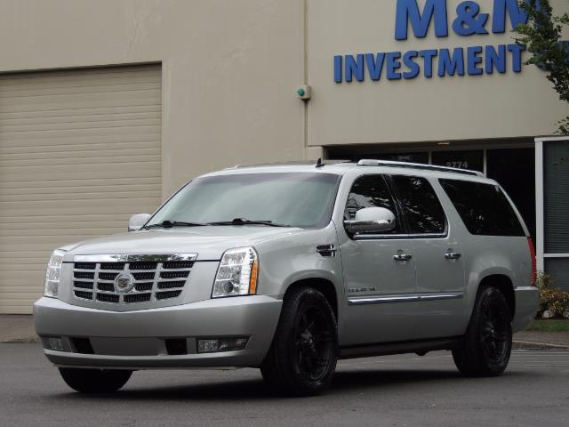 2010 Cadillac Escalade ESV Premium / AWD / DVD / Backup Camera / Excel Co - Photo 46 - Portland, OR 97217