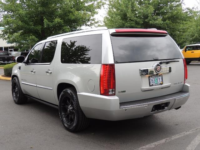 2010 Cadillac Escalade ESV Premium / AWD / DVD / Backup Camera / Excel Co - Photo 8 - Portland, OR 97217