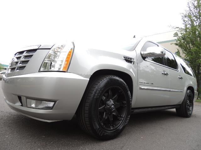 2010 Cadillac Escalade ESV Premium / AWD / DVD / Backup Camera / Excel Co - Photo 9 - Portland, OR 97217