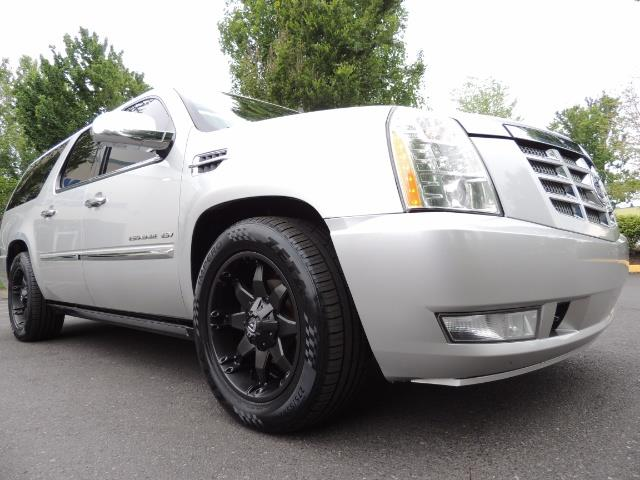 2010 Cadillac Escalade ESV Premium / AWD / DVD / Backup Camera / Excel Co - Photo 10 - Portland, OR 97217