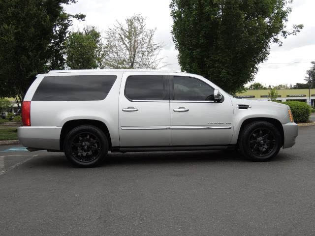 2010 Cadillac Escalade ESV Premium / AWD / DVD / Backup Camera / Excel Co - Photo 4 - Portland, OR 97217