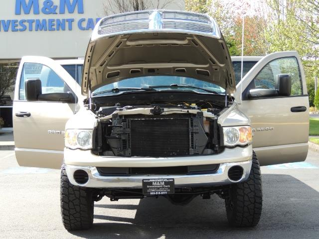2004 Dodge Ram 3500 SLT 4dr Quad Cab / 4X4 / 5.9L DIESEL / 6-SPEED MAN - Photo 32 - Portland, OR 97217