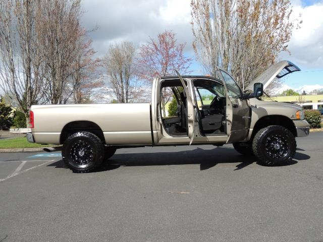 2004 Dodge Ram 3500 SLT 4dr Quad Cab / 4X4 / 5.9L DIESEL / 6-SPEED MAN - Photo 30 - Portland, OR 97217