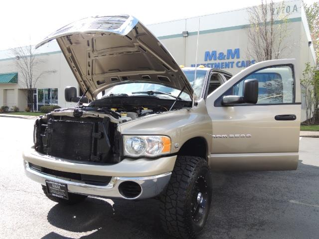 2004 Dodge Ram 3500 SLT 4dr Quad Cab / 4X4 / 5.9L DIESEL / 6-SPEED MAN - Photo 25 - Portland, OR 97217