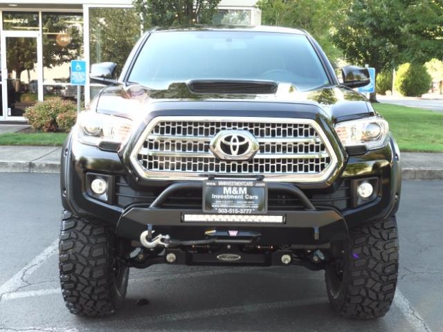 2017 Toyota Tacoma TRD 4X4 CUSTOM / WINCH / PRO COMP LIFT / 3 K MILES - Photo 5 - Portland, OR 97217