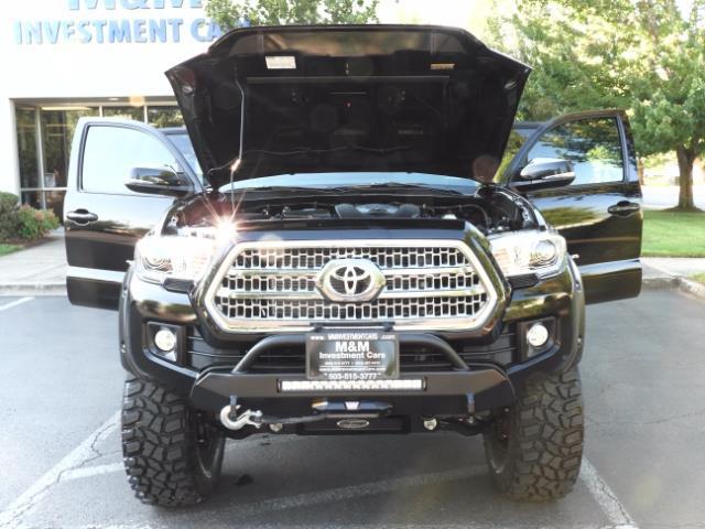 2017 Toyota Tacoma TRD 4X4 CUSTOM / WINCH / PRO COMP LIFT / 3 K MILES - Photo 37 - Portland, OR 97217
