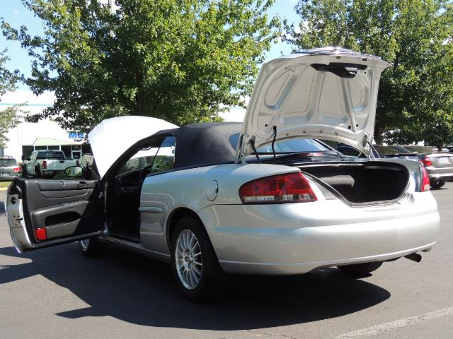 2004 Chrysler Sebring Touring / Convertible / ONly 74K MILES - Photo 27 - Portland, OR 97217