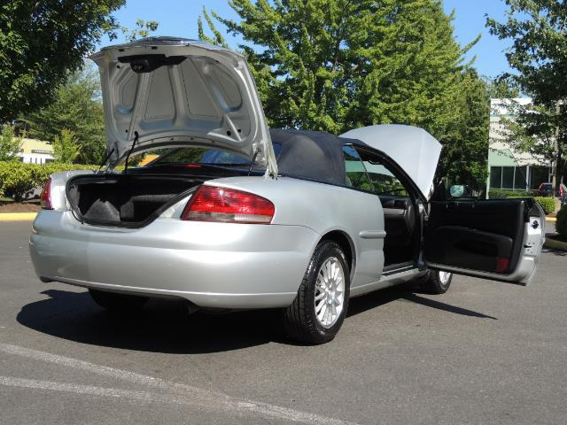 2004 Chrysler Sebring Touring / Convertible / ONly 74K MILES - Photo 31 - Portland, OR 97217