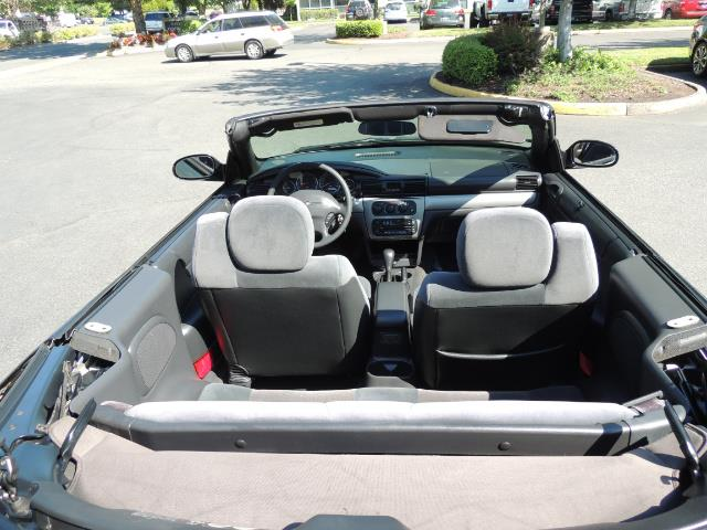 2004 Chrysler Sebring Touring / Convertible / ONly 74K MILES - Photo 13 - Portland, OR 97217