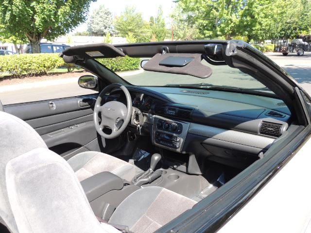 2004 Chrysler Sebring Touring / Convertible / ONly 74K MILES - Photo 15 - Portland, OR 97217