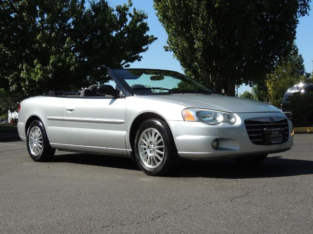 2004 Chrysler Sebring Touring / Convertible / ONly 74K MILES - Photo 2 - Portland, OR 97217