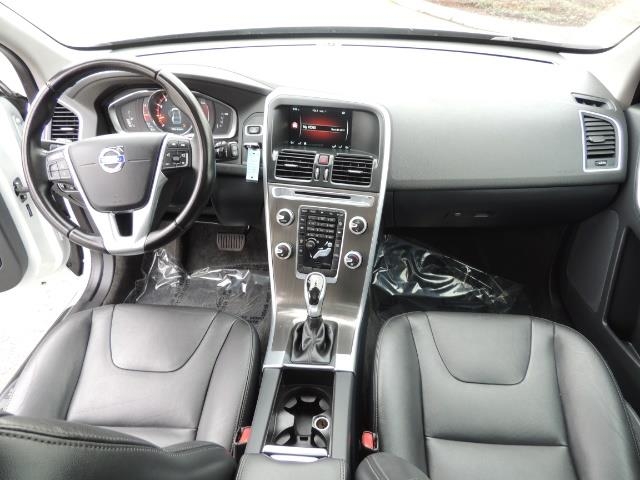 2016 Volvo XC60 T5 Premier / AWD / Leather / Navi / Pano Sunroof - Photo 19 - Portland, OR 97217