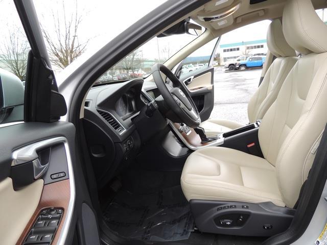 2017 Volvo XC60 T5 Inscription / Navigation / Bckup camera / BLIS - Photo 14 - Portland, OR 97217