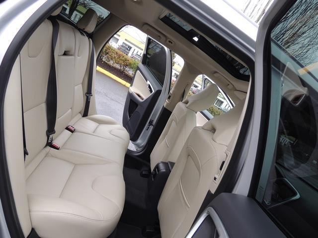 2017 Volvo XC60 T5 Inscription / Navigation / Bckup camera / BLIS - Photo 16 - Portland, OR 97217