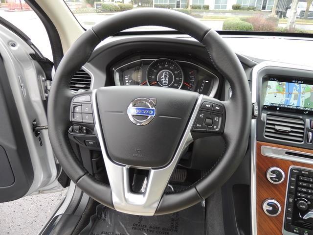 2017 Volvo XC60 T5 Inscription / Navigation / Bckup camera / BLIS - Photo 38 - Portland, OR 97217