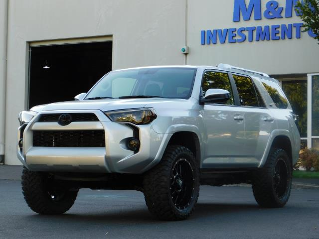 2016 Toyota 4Runner SR5 / 4WD / THIRD SEAT / LIFTED LIFTED - Photo 45 - Portland, OR 97217