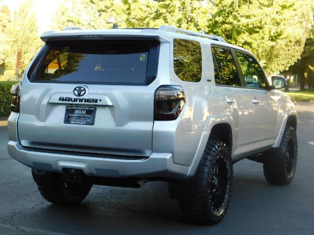 2016 Toyota 4Runner SR5 / 4WD / THIRD SEAT / LIFTED LIFTED - Photo 8 - Portland, OR 97217