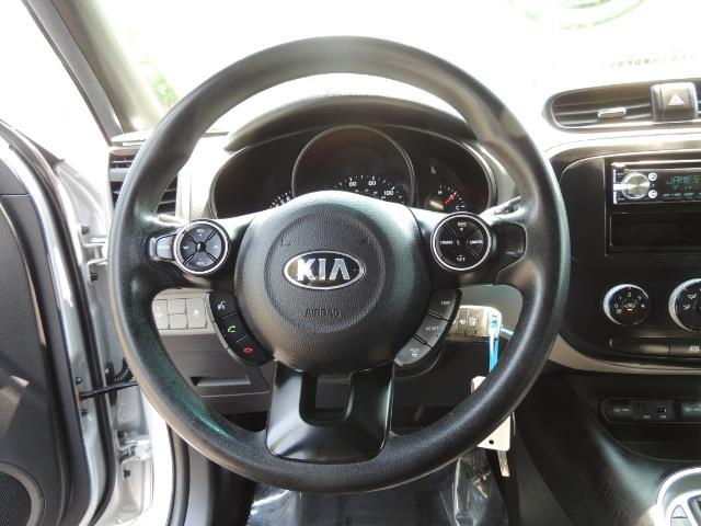 2014 Kia Soul Sport Utility / Premium Wheels / 1-OWNER - Photo 19 - Portland, OR 97217