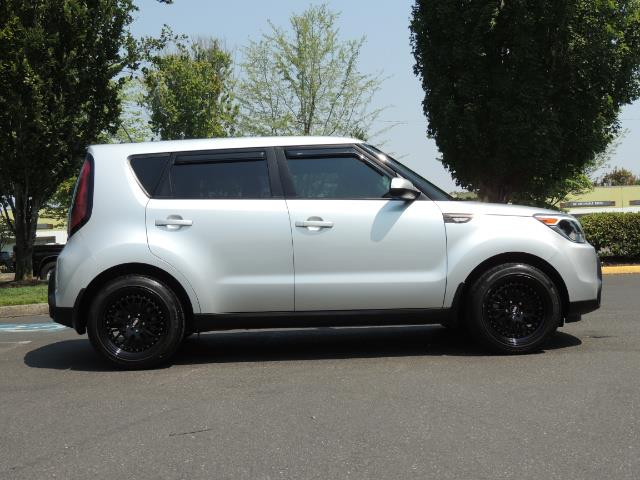 2014 Kia Soul Sport Utility / Premium Wheels / 1-OWNER - Photo 4 - Portland, OR 97217